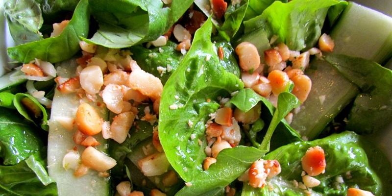 Salad with Lime and Macadamia