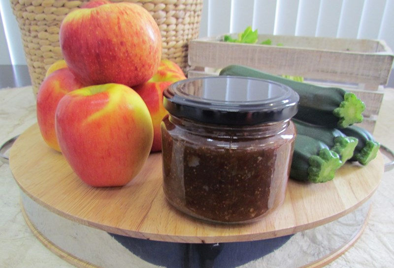 Courgette and Apple Chutney