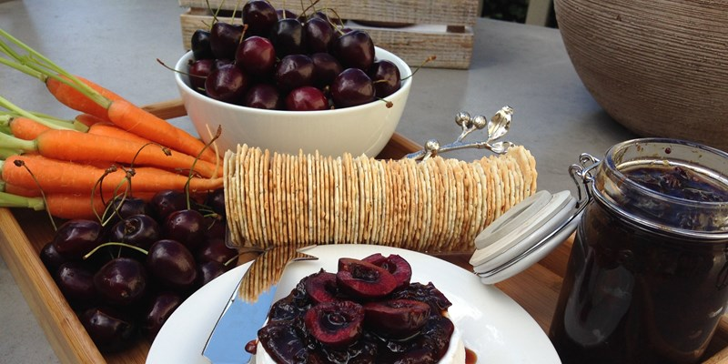 Christmas Cherry Chutney
